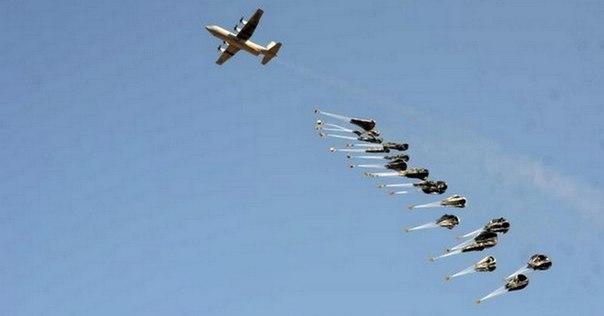Irakische Armee schießt zwei britische Flugzeuge ab. An Bord: Waffen für den IS