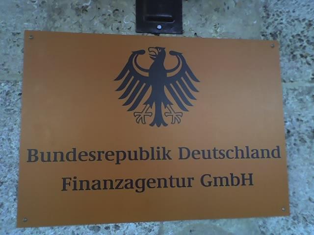 fakten statt konspirationstheorien warum deutschland keine gmbh ist und wir auch kein personal. Black Bedroom Furniture Sets. Home Design Ideas