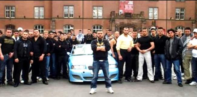 arabische mafia kassiert bei fl chtlingswohnungen ab. Black Bedroom Furniture Sets. Home Design Ideas