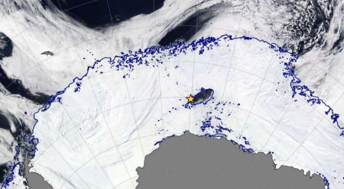 in der antarktis ffnete sich ein riesiges k gro es loch niemand wei warum. Black Bedroom Furniture Sets. Home Design Ideas